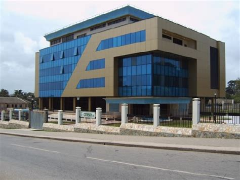 Bank of Ghana puts on hold issuing of new licenses to